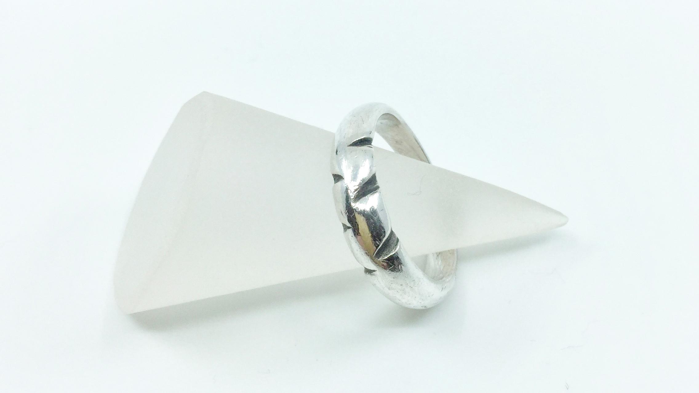 Kunsthandwerk Art Clay Silver Ring mit Kerben Himmelsperlen
