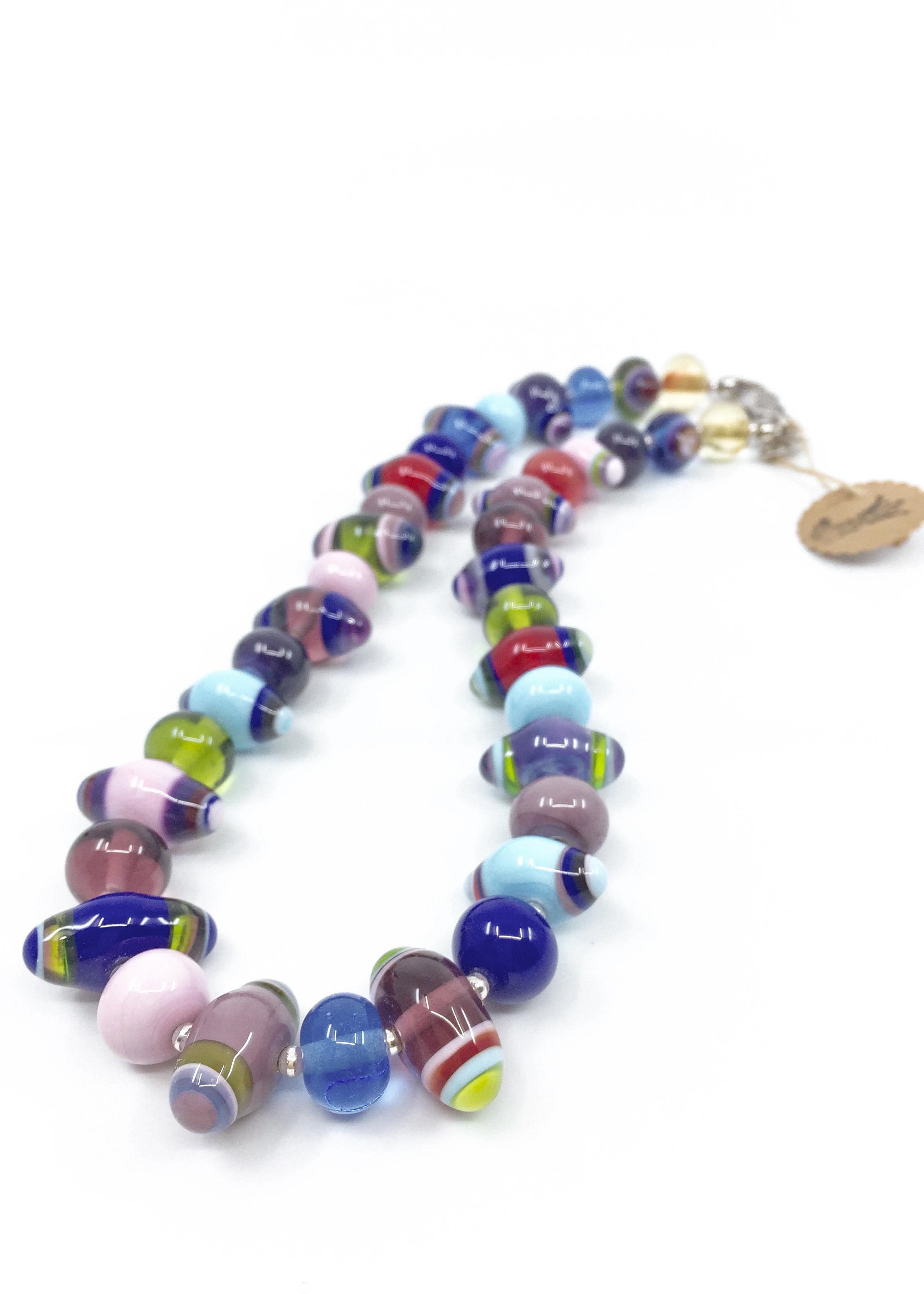 Kunsthandwerk Halskette bunt