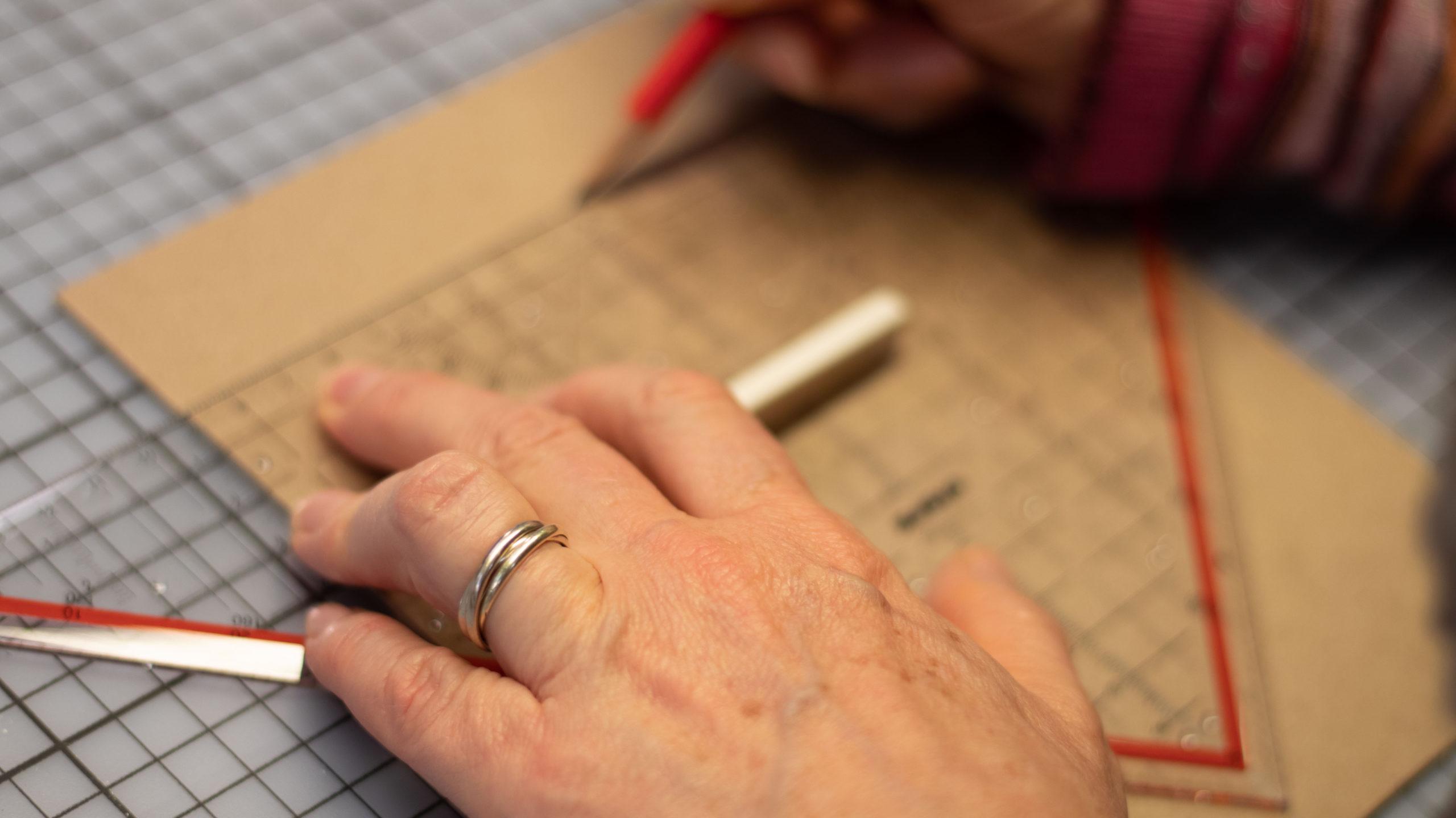 Bucheinband messen